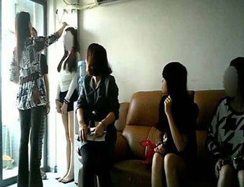 Nữ sinh bị dụ dỗ bán trứng giá hàng chục ngàn USD: Vấn nạn nguy hiểm ở Trung Quốc - Ảnh 2
