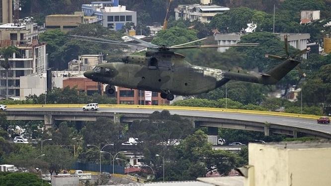 Nga bất ngờ mở trung tâm huấn luyện trực thăng quân sự tại Venezuela giữa lúc căng thẳng - Ảnh 1