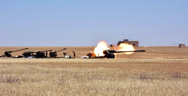 Syria: SAA nã 40 tên lửa xuống nam Idlib và bắc Hama - Ảnh 1
