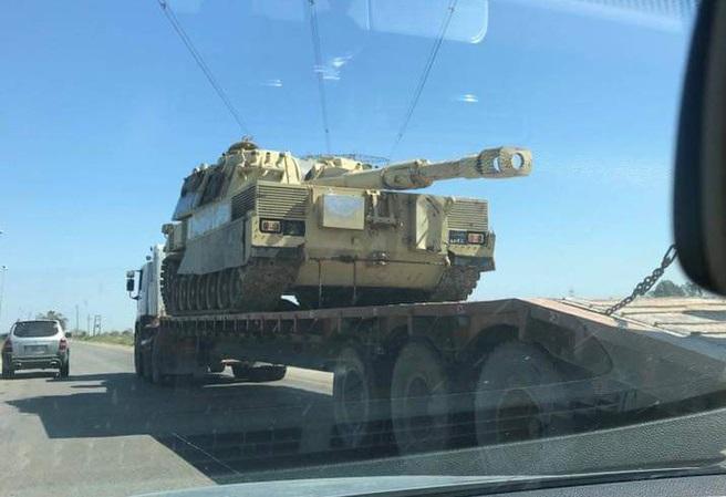 Tình hình Lyria: Thủ đô Tripoli bị nã tên lửa, 27 người thương vong - Ảnh 2