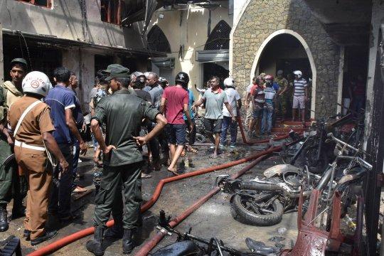 Lễ Phục Sinh đẫm máu tại Sri Lanka: Tìm thấy bom sát sườn sân bay quốc tế - Ảnh 2