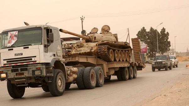 Tình hình Libya: LNA phản công dữ dội, ồ ạt nã hỏa lực làm rung chuyển thủ đô Tripoli - Ảnh 1