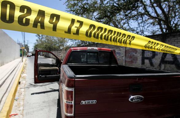 Rúng động Mexico: Phát hiện 35 thi thể trong các hố chôn tập thể - Ảnh 2