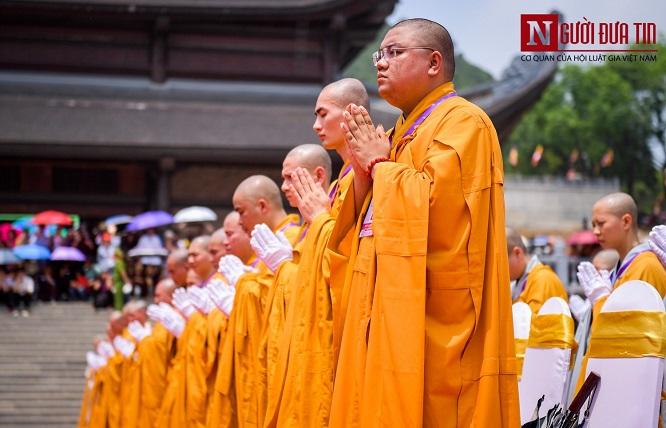 Độc đáo nghi lễ tắm Phật chùa Tam Chúc, mừng Đại lễ Phật đản Vesak 2019 - Ảnh 3