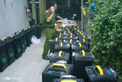 Nghệ An: Khởi tố 4 bị can trong vụ vứt 700 kg ma túy ra đồng muối phi tang - Ảnh 2