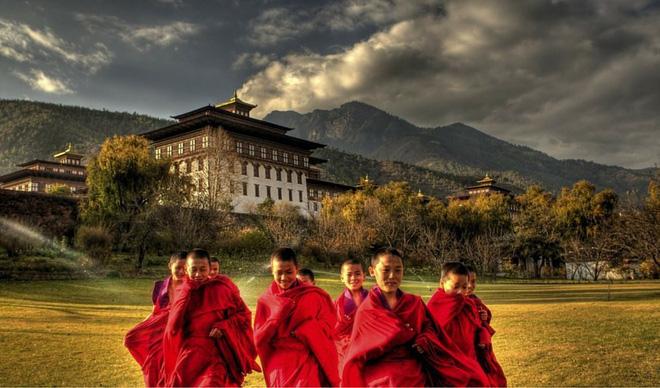 Những điều không tưởng về Bhutan: Vương quốc của niềm tin và sự hạnh phúc - Ảnh 2
