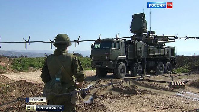 Căn cứ đầu não tại Syria bị tấn công, Nga kích hoạt báo động phòng không - Ảnh 2