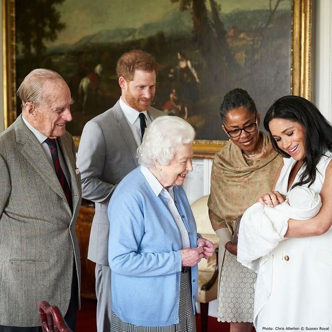 Chính thức công bố tên con trai của Hoàng tử Harry và Công nương Meghan - Ảnh 2
