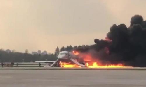 Vụ máy bay Nga bốc cháy khiến 41 người thiệt mạng: Xác định nguyên nhân - Ảnh 2