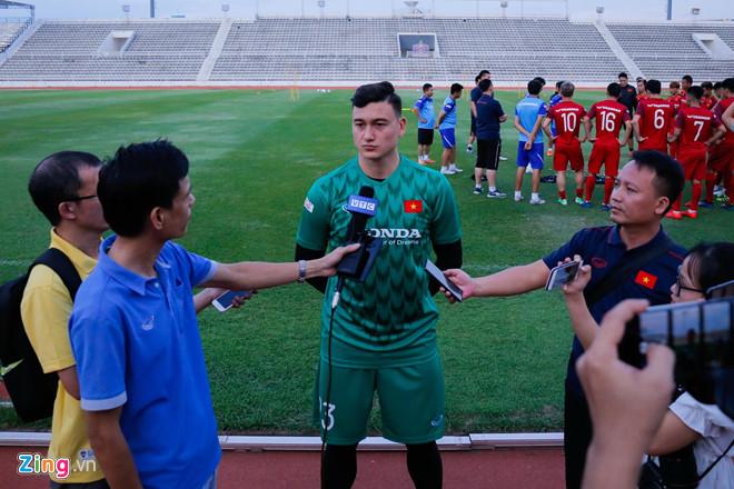 Đặng Văn Lâm sẵn sàng tiết lộ thông tin về các cầu thủ Thái Lan? - Ảnh 1