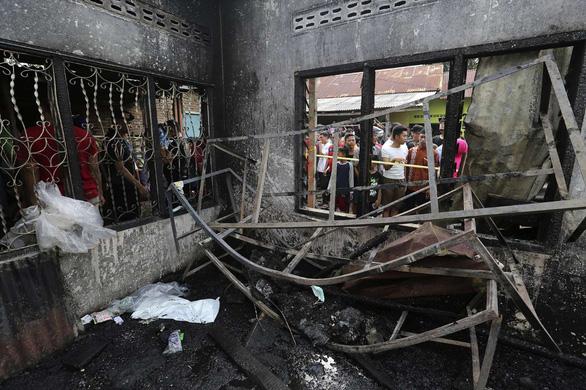 Hỏa hoạn kinh hoàng xưởng sản xuất diêm, ít nhất 30 người thiệt mạng  - Ảnh 1