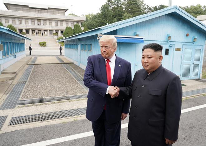 Tổng thống Mỹ mời nhà lãnh đạo Triều Tiên tới thăm Nhà Trắng  - Ảnh 1