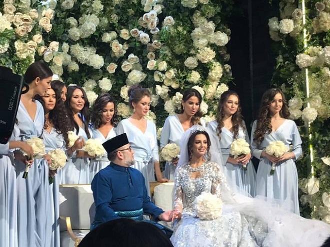 Cựu vương Malaysia và vợ hoa hậu Nga sinh con đầu lòng - Ảnh 2