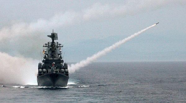 Hải quân Mỹ bất ngờ phóng tên lửa hành trình phá tan cuộc họp của khủng bố tại Syria - Ảnh 1