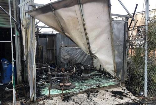 Đắk Lắk: Hỏa hoạn kinh hoàng tại chợ trung tâm thị trấn, hàng chục gian hàng bị thiêu rụi - Ảnh 2