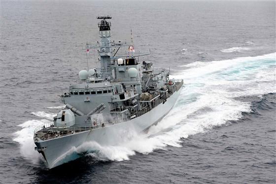 Tiết lộ đoạn ghi âm giữa chiến hạm Anh và Iran trước khi tàu chở dầu Stena Impero bị bắt giữ  - Ảnh 1