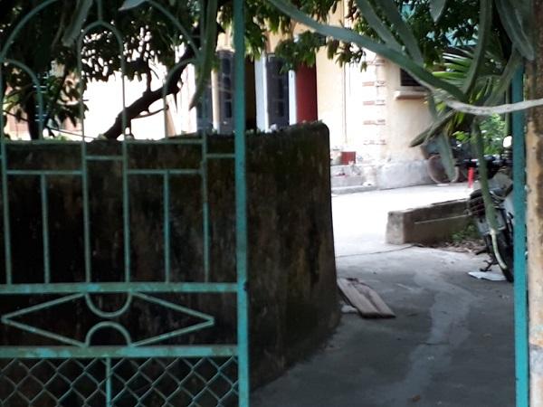 Thái Bình: Điều tra nghi án bố ruột dùng then cửa đánh 2 con nguy kịch - Ảnh 1