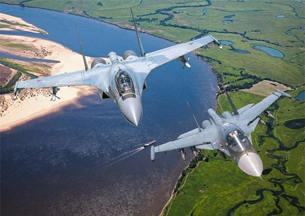 """Quái vật"""" Su-35: Tiêm kích bá chủ của không quân Nga - Ảnh 4"""