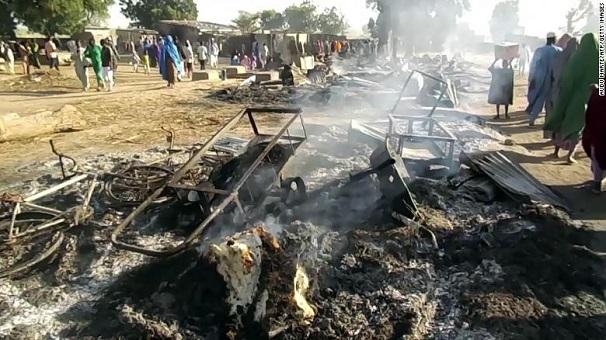 Tấn công đẫm máu ở Nigeria, ít nhất 65 người thiệt mạng - Ảnh 1