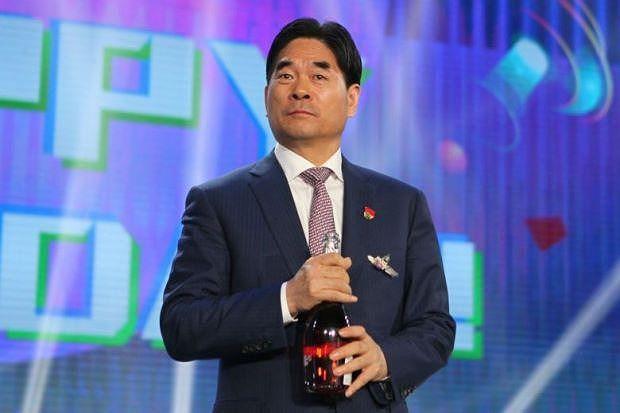 """""""Ông trùm"""" tập đoàn giải trí Baofeng tại Trung Quốc bị điều tra - Ảnh 2"""
