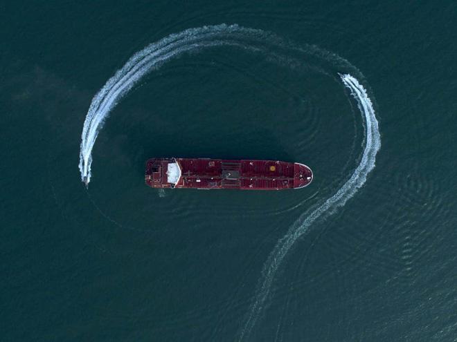 """Iran cáo buộc binh lính Anh dùng súng và """"vũ lực"""" khi bắt siêu tàu chở dầu Grace 1 - Ảnh 1"""