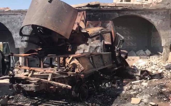 """""""Chảo lửa Syria rực cháy"""": Quân đội tấn công theo thế gọng kìm, """"bóp nghẹt"""" hàng loạt phiến quân - Ảnh 2"""