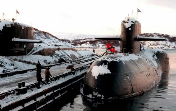 Dữ liệu liên quan tới vụ cháy tàu ngầm Nga khiến 14 người chết là thông tin mật, không thể công khai - Ảnh 2
