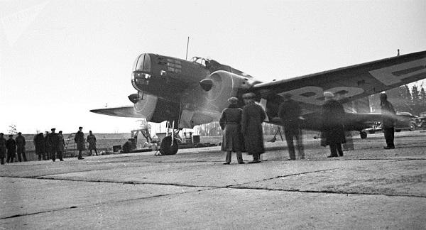 Tìm thấy máy bay Nga mất tích gần 80 năm cùng hài cốt thành viên phi hành đoàn - Ảnh 1