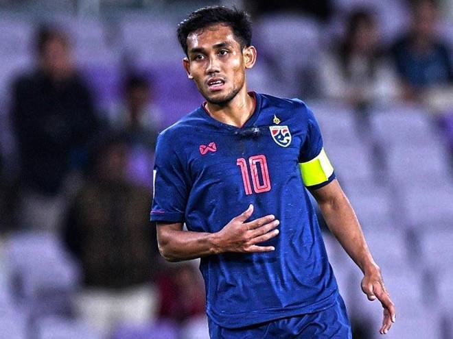 Hé lộ nguyên nhân Thái Lan chỉ gọi 2 tiền đạo ở trận gặp tuyển Việt Nam tại vòng loại World Cup 2022 - Ảnh 1