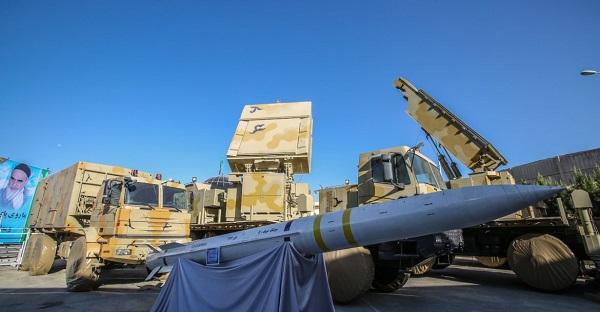 """Iran tuyên bố sở hữu hệ thống phòng không đủ sức """"hạ bệ rồng lửa"""" S-300 Nga - Ảnh 1"""