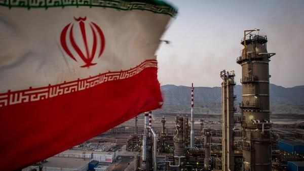 Iran tuyên bố có thể khôi phục mức sản xuất dầu mỏ trong 3 ngày - Ảnh 1