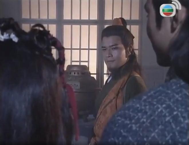 Sao nam trong phim 'Anh hùng xạ điêu' bất ngờ sang Thái Lan xuống tóc đi tu - Ảnh 2