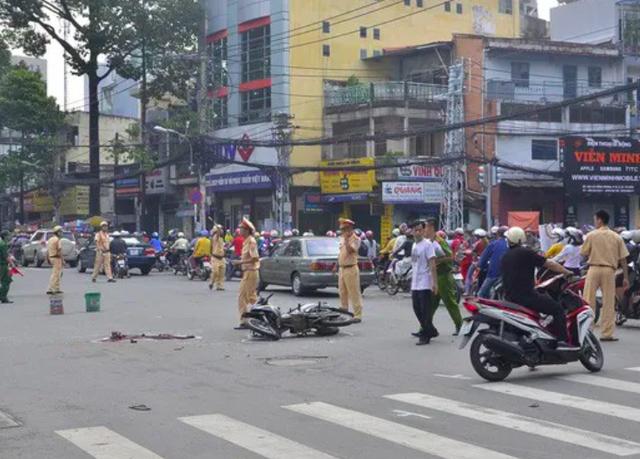 16 người thiệt mạng do tai nạn giao thông trong ngày nghỉ lễ thứ 2 - Ảnh 1