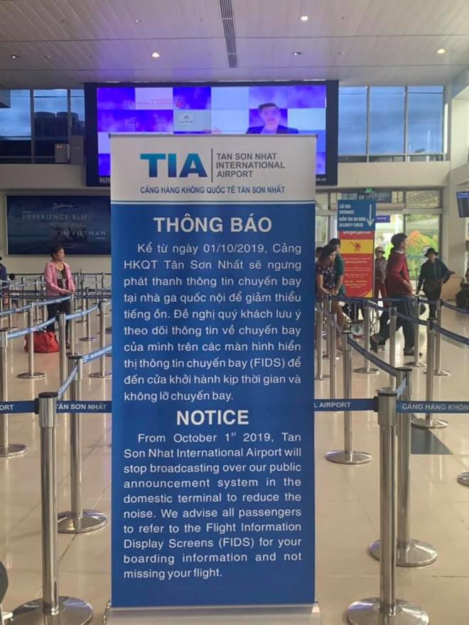 Sân bay Tân Sơn Nhất chính thức ngừng phát thanh thông tin chuyến bay từ ngày 1/10 - Ảnh 1