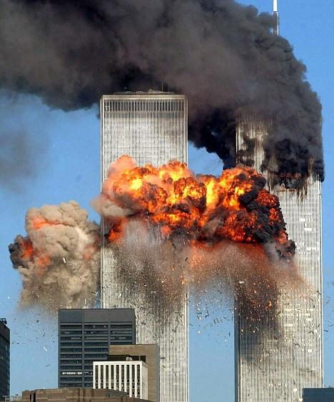 Cựu CIA: Tổng thống Putin đã cảnh báo về vụ tấn công khủng bố 11/9 trước 2 ngày - Ảnh 1
