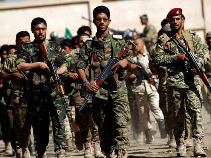 Hàng loạt máy bay bí ẩn bất ngờ tấn công mục tiêu thân Iran ở Syria - Ảnh 1