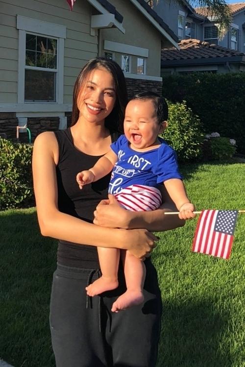 Hoa hậu Phạm Hương tiết lộ sắp đưa con trai về Việt Nam - Ảnh 4