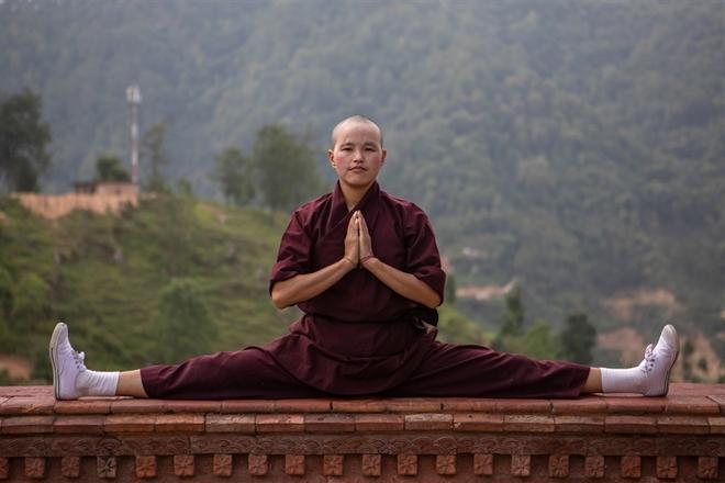 Gặp gỡ những nữ tu luyện kungfu trên dãy Himalaya - Ảnh 2