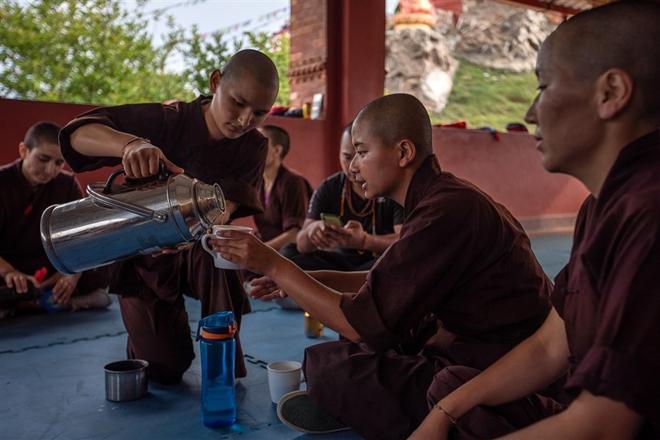 Gặp gỡ những nữ tu luyện kungfu trên dãy Himalaya - Ảnh 4