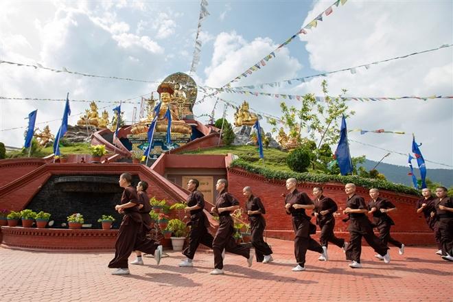 Gặp gỡ những nữ tu luyện kungfu trên dãy Himalaya - Ảnh 5