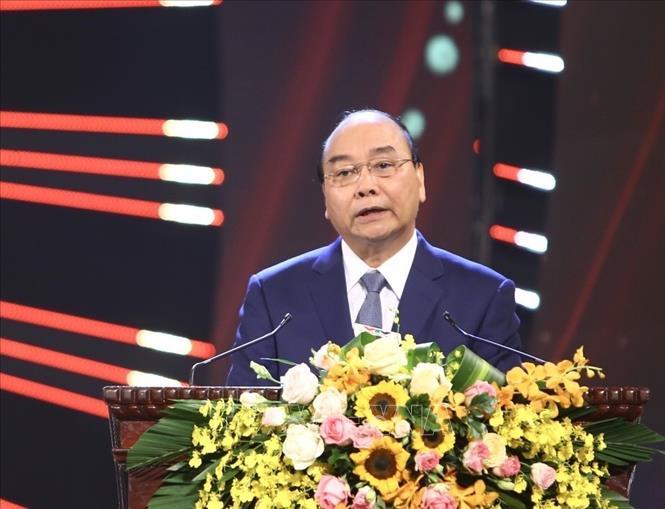 Thủ tướng dự Lễ công bố và trao Giải Búa liềm vàng lần thứ IV - Ảnh 1