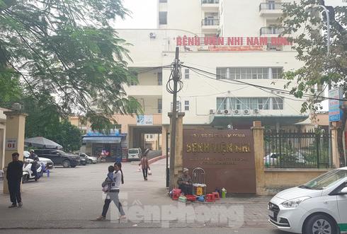 """Vụ """"ăn bớt"""" thuốc tại bệnh viện Nhi Nam Định: Khởi tố thêm 6 điều dưỡng - Ảnh 1"""
