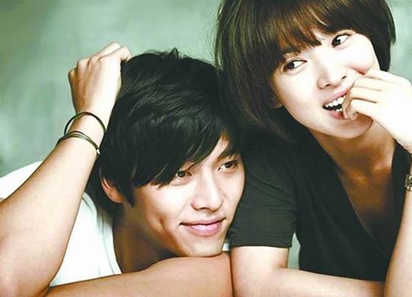 """Tin nhắn giữa Joo Jin Mo và Jang Dong Gun lộ việc Song Hye Kyo """"bắt cá hai tay""""? - Ảnh 2"""