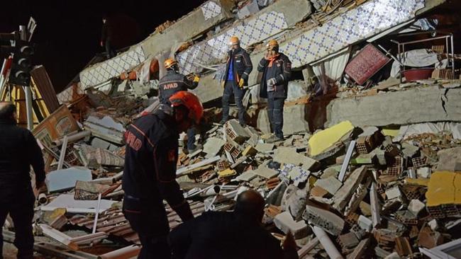 Tin tức thế giới mới nóng nhất ngày 26/1: Hơn 500 người thương vong trong vụ động đất ở Thổ Nhĩ Kỳ   - Ảnh 1