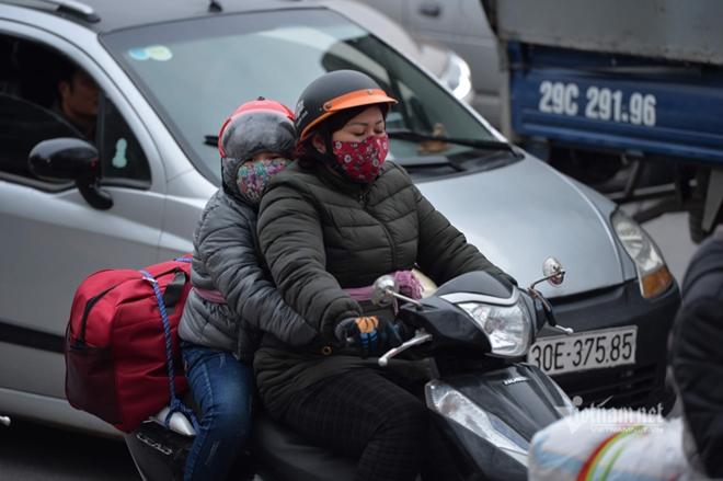 Người dân đồ về Hà Nội sau kì nghỉ Tết, cao tốc Pháp Vân - Cầu Giẽ ùn tắc kéo dài - Ảnh 10