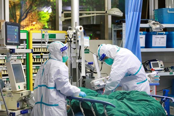 Số người tử vong do virus corona tăng lên 170 người, hơn 7000 ca nhiễm bệnh - Ảnh 1