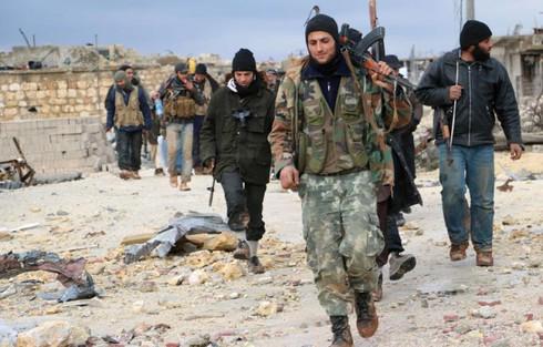 Giao tranh dữ dội giữa quân đội Syria và phiến quân ở Idlib - Aleppo - Ảnh 1