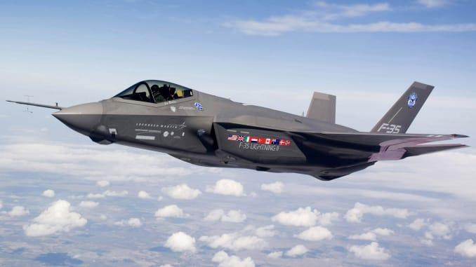 """Phát hiện hơn 800 lỗi trên tiêm kích """"tia chớp"""" F-35 của Mỹ  - Ảnh 1"""
