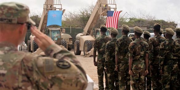 Phiến quân tấn công căn cứ Mỹ bị đánh bật trở lại, 4 tay súng thiệt mạng - Ảnh 2
