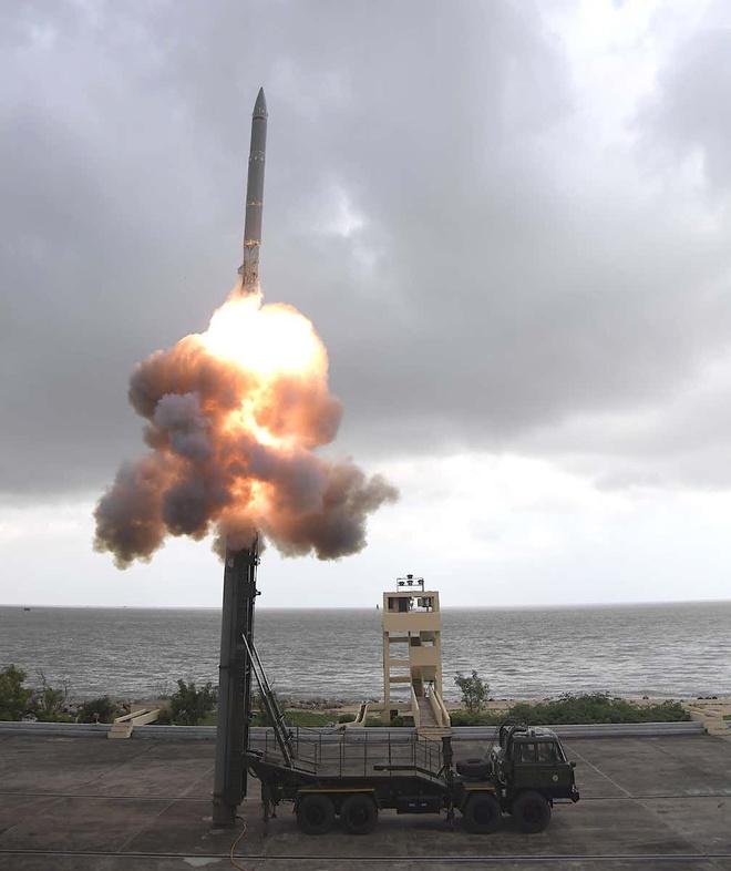 Ấn Độ phóng thành công tên lửa có tầm bắn cực 'khủng', thay đổi cuộc chơi săn ngầm tại Ấn Độ Dương - Thái Bình Dương - Ảnh 1